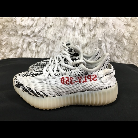 cheap for discount af5cd f8038 Adidas Yeezy Boost 350 V2 Zebra Size 11.5 c